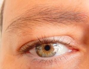 oog onopgemaakt (Medium)