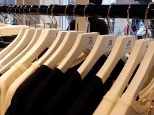 Hangers (Medium)