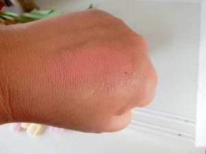 blush hand (Medium)